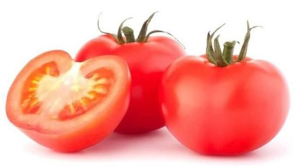 tomat pemutih wajah